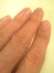 手入れされた爪の画像